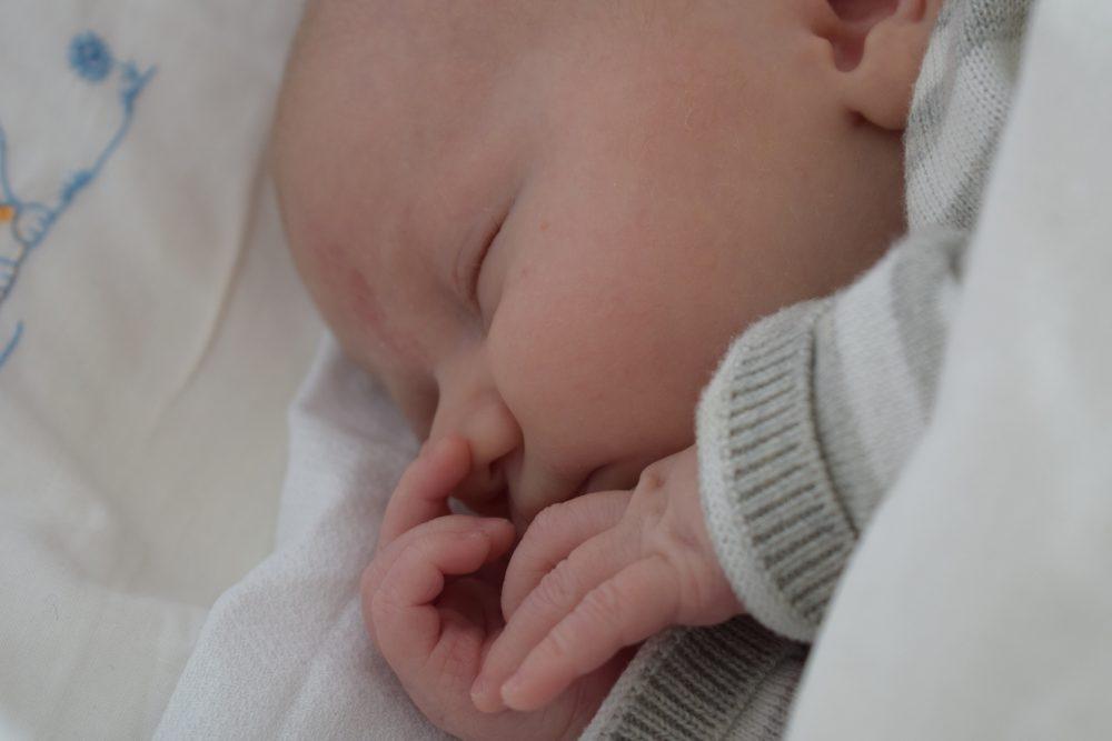 rust en regelmaat baby wieg ledikantje